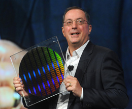 Paul Otellini a 22 nanométeres waferrel