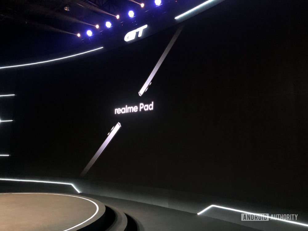 For now, the Realme Pad can only be viewed from the side